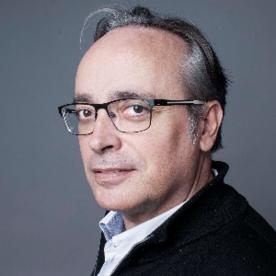 Alfredo Urdaci: «Creo que para las mujeres es un libro inspirador, y motivador. Para los hombres va a ser una forma de escuchar a personas que tienen mucho que contar»